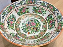 Large 16 Chinese ROSE MEDALLION BUTTERFLY PUNCH BOWL Antique Export Porcelain