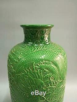 Large Chinese Green Glaze Porcelain Dragons Vases Hand-carved Marks QianLong