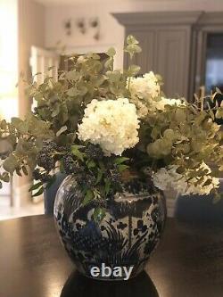 Large blue and white ginger jar vase Chinese oriental oka india jane