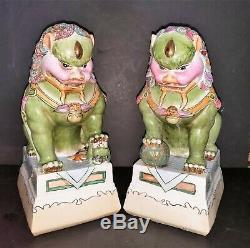 Vintage MCM Mgnificent Large Pair of Ceramic Foo Lion Statues Figurines Hndptd