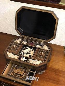 1820 Grand-siècle Antique Chinois En Bois Laqué Caddy Couture Boîte