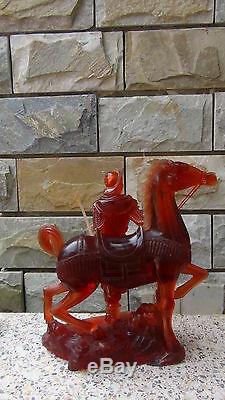 Ancien 19c Ancien Ambre Chinois Rare Grand Guerrier Avec Statue À Cheval Sur Stand