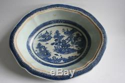 Antique 18ème Siècle Chinois En Porcelaine Bleu Et Blanc Avec Couvercle Grand Bol