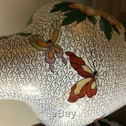Belle Paire De Grands Vases Chinois Cloisonné Pivoine Et Design Papillon
