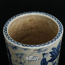 Figurines En Porcelaine De Chine Bleue Et Blanche De Grande Taille Marquées Du Pot De La Dynastie Des Wanli Ming