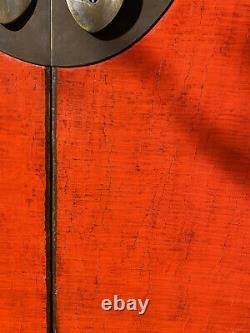 Grand, Inhabituel Rouge Et Noir Laqué 19ème C Cabinet De Mariage Chinois / Garde-robe