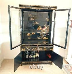 Grand Meuble Chinois Noir Laqué Chinerie Display Cabinet 68 Ins Tall