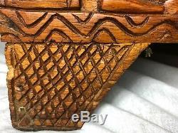 Grand Oriental Magnifique Tribal Camphor Bois Sculpté Coffre Trunk Table Basse