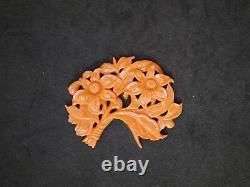 Grand Pendentif Chinois Antique De Corail Normal Sculpté Avec Des Fleurs Et Des Feuilles