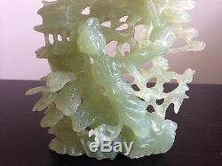 Grand Serpent Chinois Céleri Sculpté Vert Serpentine Ou Jade Femme Debout Avec Singe