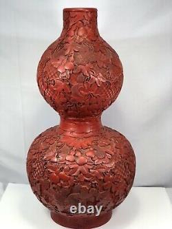 Grand Vase Chinois Cinnabar Double Gourde