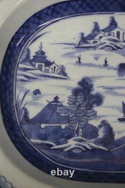 Grande Antiquité 19ème Siècle Exportation Chinoise Canton Bleu 13.5 Oval Serving Bowl 4