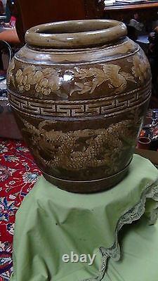 Grande Antiquité Début 19c Dragons Chinois & Gooses Pottery Jar / Vase Glacé