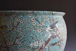 Grande Jardinière En Porcelaine De Chine Famille Magpie Prunus En Porcelaine Du Xxème Siècle