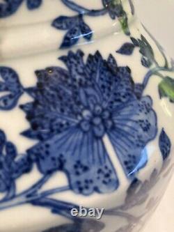 Grande Lampe De Table Vintage Chinois Bleu Et Blanc Remis À Neuf