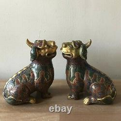 Grande Paire Vintage Chinese Cloisonne Foo Dogs Ou Mythical Beasts
