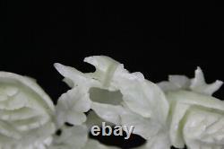 Grande Sculpture Chinoise Vintage De Jade Des Oiseaux Sculptés De Pie Et Des Fleurs Chanceuses