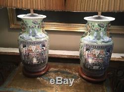 Paire De Grand Antique Vintage Chinois En Porcelaine Lampes De Table