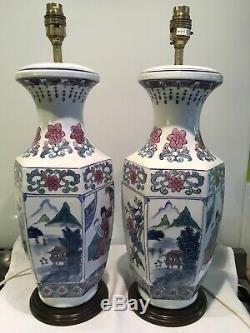 Paire De Grand Vintage Chinois, Oriental À Thème Porcelaine Lampes De Table