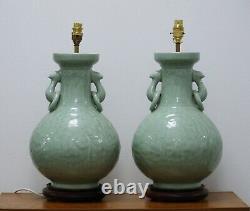 Paire De Grandes Lampes De Table Chinoises De Céladon De Cru