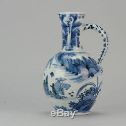 Rare Grande Grande Cruche Arita Bleue Et Blanche, 17ème, Personnages En Porcelaine Japonaise