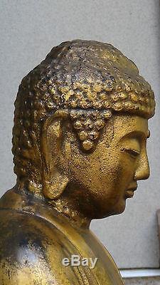 Statue De Bouddha Assiette Ancienne 19c Sur Un Support En Bois Chinois Chinoise En Bronze Doré
