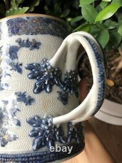 Un Rare Chinois Qianlong Période D'exportation En Porcelaine Bleu Et Blanc Gilt Grande Tasse