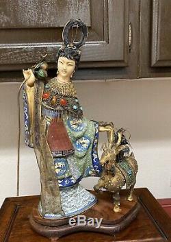 Un Superbe Grand Vieux Chinois En Bronze Doré Émail Cloisonné Magu Figure Statue