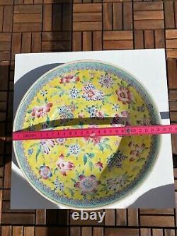 Une Antique Grande Famille Chinoise Plate-bowl Fleurs Motive Fin Du 19e C Rose Au Début