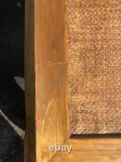 Une Grande Table Basse Chinoise De Bois Dur Chunky (teck) D'opium Avec Le Dessus En Bambou/canne