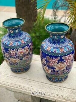 Vases Vintage Orientals De Cloisonné Avec Des Fleurs / Chinois Antique